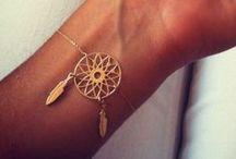 Jewelry / Gotta love gold