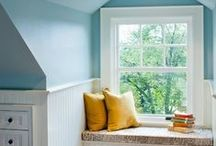 Attic Bedroom Ideas / Ideas for decorating the attic bedrooms.   Dormer windows, sloped ceilings, old floors, plaster walls, small windows - how to handle those?   Lots of ideas here!