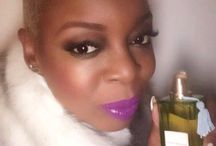 Holiday Gifts & Must Haves! / Follow Celebrity Beauty Pro Nakeah Fuller's Favorite Things - www.allthingsbeauty.blog