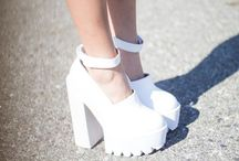 Style me - on the walk. / High on heels