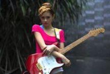 Sapphire Ng   Guitar Videos /   https://www.facebook.com/SapphireNgGuitarist       http://www.sapphire-love.blogspot.sg/    http://www.modelmayhem.com/SapphireNg      https://plus.google.com/+SapphireNgGuitarist/posts       http://www.youtube.com/user/SapphireNgGuitarist/videos