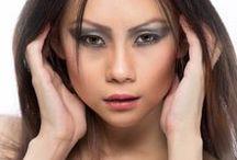 Sapphire Ng   Gorgeous /   https://www.facebook.com/SapphireNgGuitarist       http://www.sapphire-love.blogspot.sg/    http://www.modelmayhem.com/SapphireNg      https://plus.google.com/+SapphireNgGuitarist/posts       http://www.youtube.com/user/SapphireNgGuitarist/videos