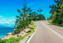 Reisen: Roadtrips / Hit the Road! Ob auf der legendären Route 66 durch die Wüste, in Island auf der spektakulären Ringstraße oder an der Adria bis Montenegro - hier findest du viele Routen und Tipps zum Thema Roadtrips.