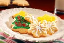 Festive Entrees & Party Starters / Check out these delicious recipes to take your holiday meal to the max!