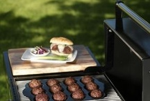BBQ and Grilling Tips / Grilling tips and tricks for smoking meats and cooking BBQ dishes.
