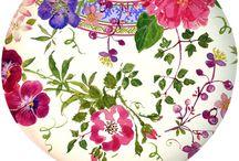 Porcelana y flores / Vajillas pintadas con flores