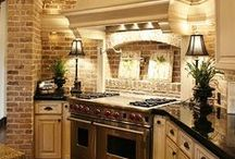 Beautiful Kitchen Spaces / Find some inspiration for your own kitchen on this board!