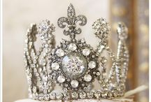 Royals : Tiara and Crown  / King and Queen's Tiara and Crown / by Hansa Tingsuwan