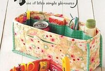 Your quilting studio / Quilting studio décor, organization ideas and inspiration.