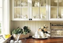 Period Kitchens / Looking for inspiration for your next period kitchen design? We've got you covered.