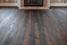 Traditional Floors & Rugs / Looking for period-friendly flooring and rug options? Look no further.