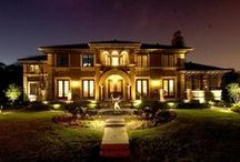Period Homes Exteriors / We've collected our favorite images and stories of period homes exteriors.