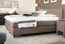 London - Axelsson Beds / While being classy and understated, this design attracts attention effortlessly. Typically British! AFter a wonderfull night's rest on a high-quality mattress, you will wake up gently, ready for your morning tea and newspaper in bed. www.axelssonbeds.eu