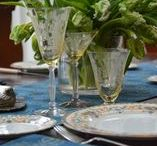 Tablescapes Spring / Be inspired with beautiful china, glassware and linens for Spring dining, whether your occasion is casual, formal, everyday or elegant. Explore our table settings and home decor; we have lots of Easter ideas, too! #tablesetting #tablescape #casual #elegant #spring tablescapes #Easter