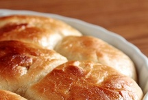 Breaded Goodness / *lovely recipes & ideas for breads & bread-type foods: biscuits, breadsticks, buns, crackers, croissants, knots, rolls, scones, twists...* / by Lexy