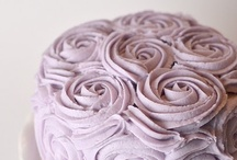 Cakes: Flowery / *lovely recipes & ideas for cakes with flowery decorations & designs* / by Lexy