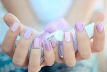 Spring Nail Colour and Nail Art / Check out my manicure Mondays: http://www.alittleobsessed.co.uk/