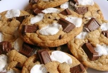 Cookie Monster: Chocolately / *lovely chocolately cookie recipes & ideas* / by Lexy