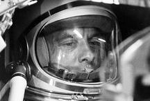 Space conquest — Conquête spatiale / Space missions & conquest of space. Missions spatiales et conquête spatiale