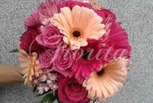 Wedding flowers in Prague / Wedding bouquets from gerberas, roses and bouvardia, table decrations. Please contact fiorita.praha@gmail.com for more info
