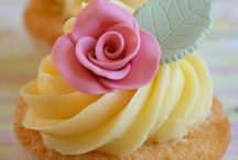 Cakes/Cupcakes/Muffins / All things Cakes and Cupcakes ! / by Crisselda Valdez