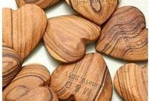 Dřevo     (Wood)