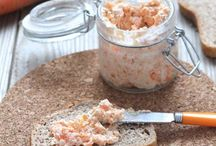 A faire : Fromage - sauce - pâte / by Elo Di