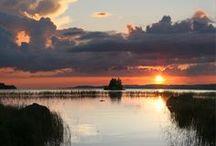 Savonlinna / Savonlinna und die vielseitig Umgebung haben eines gemeinsam: traumhafte Seen. Die Natur selbst ist eine atemberaubende Erfahrung, die durch eine Prise Kultur, Unterhaltung, Verwöhnung, feine Restaurants und Aktivitäten an Land und zu Wasser ergänzt werden kann. Jede Ortschaft bietet etwas wirklich Einzigartiges.  http://www.finnland-rundreisen.com/reise/savonlinna/
