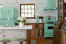 Retro Kitchens & Cabinets / Beautiful retro kitchens, cabinets & fittings!