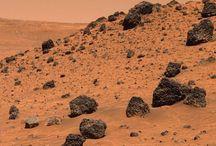 LIFE ON MARS / Stars- space OVERFLATE TEKSTUR TØRT VARMT PULVER/sand STEIN RØDT ORANSJE BRUNT GRÅTT  Ukjent landskap Åpner for kreativitet når man ikke vet Nærme sola