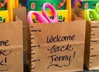 Back to School Essentials / A great board filled with back to school essentials like school stationary, lunch boxes and gifts to give the teacher!