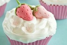 Cupcakes / by Haley Alexander