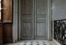 A grand entrance / My obsession with doors and gates