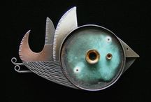 Lisa & Scott / Brooches and Jewelery by Lisa and Scott Cylinder