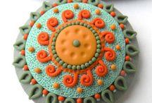 Manualidades Polymer Clay / Manualidades en arcilla de polímero. Polymer Clay, handcraft. Fimo, Sculpey, Donna Kato. / by Carmen Martín Robledo