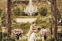 Future wedding / by Danielle Madeja