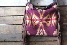 Women's Handbags  / Women's handbags and clutches
