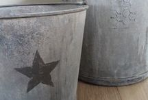 Zinc - ᗰคɲἰค ♔ / Because Zinc is just the most lovely metal texture ♥