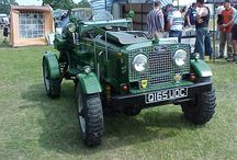 Unusual Land Rovers / Extra ordinary unusual modifications to Land Rovers.