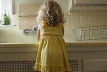 Betty'ʂ cottage ἰʂ yellow