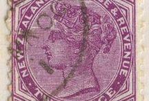 βɾσc. | Pourpre ἰη∂écεηʈ / ♔ Brocante/Antiques in purple hues ♔