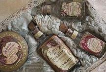 Ꮙίηʈαɠε | Perfume bottles