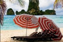 Zon, zee, strand / Het echte vakantiegevoel: met een cocktail in je hand lekker niks doen... in de zon natuurlijk!  Deel jouw favoriete vakantie-/strandfoto met ons!