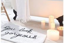 IMPRESSIONEN ♥ Valentinstag / Valentinstag steht vor der Tür. Egal ob mit dem Liebsten, der Familie oder der besten Freundin, es ist ein besonderer Tag. Ob klassisch oder mal ganz anders. An diesem Tag sind Dir keine Grenzen gesetzt. Du brauchst noch Inspirationen, Geschenke oder gute Ideen für den Tag der Liebe? Lass Dich inspirieren.