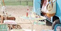 IMPRESSIONEN ♥ Gartenpartys / Mit diesen Deko-Ideen wird die Gartenparty zum gelungenen Fest: Stilvolle Deko, schöne Möbel für draußen und sommerliche Ideen für Ihre Gäste. Feiern Sie mit!