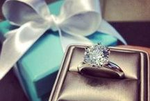 Engagement Rings / by Michelle Caroline