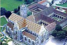 Cathédrales , églises, chapelles