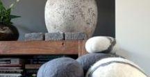 WOOLFELTING ** by hand - inspiration board / Inspiratie voor het vilten van wol. Informatie als inspiratie bij mijn blog op Westerman Bags over verschillende vilt soorten.