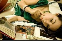 Personas libro / Algunas personas viven, otras matan el tiempo. Personas libro, espacios de lectura...