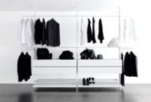 PERSONAL walk-in closet / system with two telescopic, aluminium profiles, suitable for rooms of various heights.